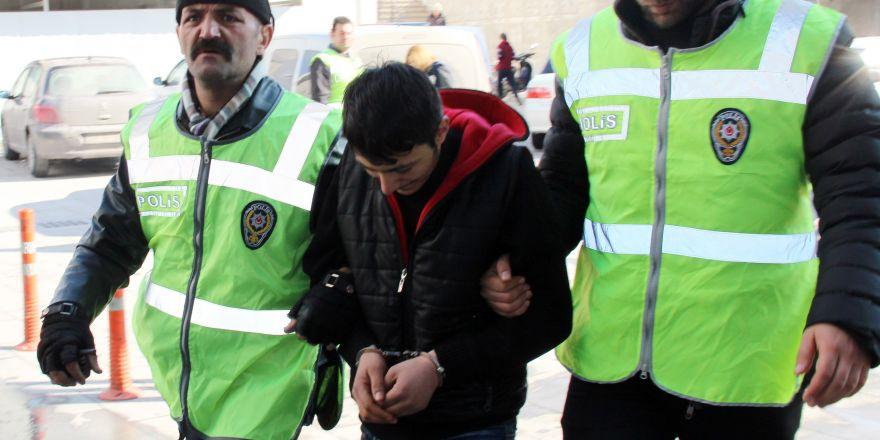 Konya'da kartvizit çetesine polisten suçüstü