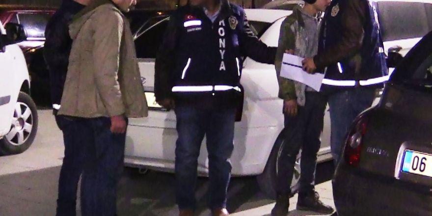 iki genci bıçaklayan Suriyeliler yakalandı