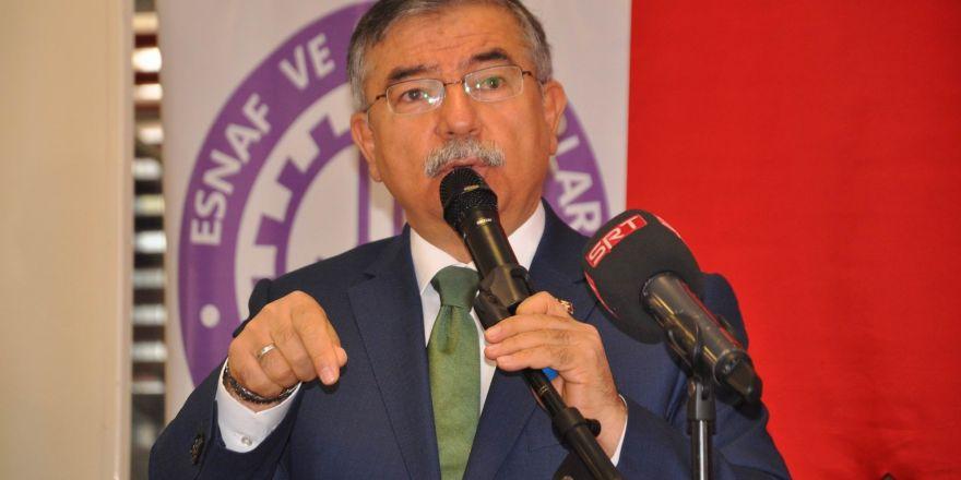 """""""Türkiye'deki sistemin adı belirsizliktir"""""""