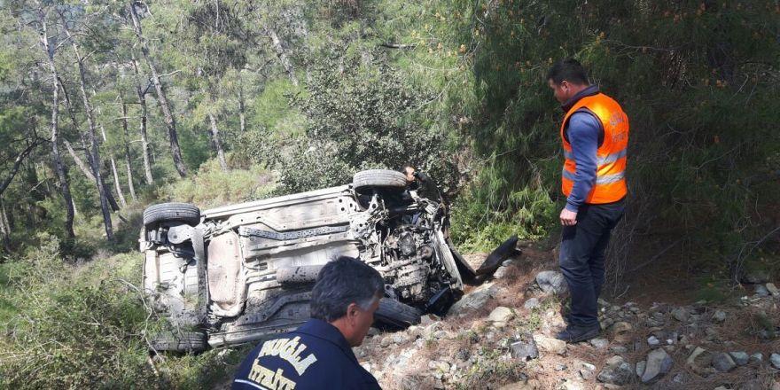 Otomobil 45 metre uçtu, sürücü sağ kurtuldu