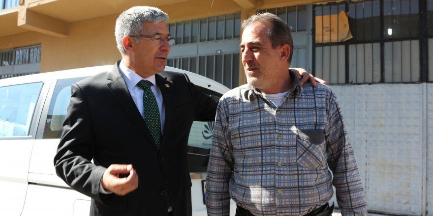 AK Parti'li Babaoğlu esnaflardan referandum için destek istedi