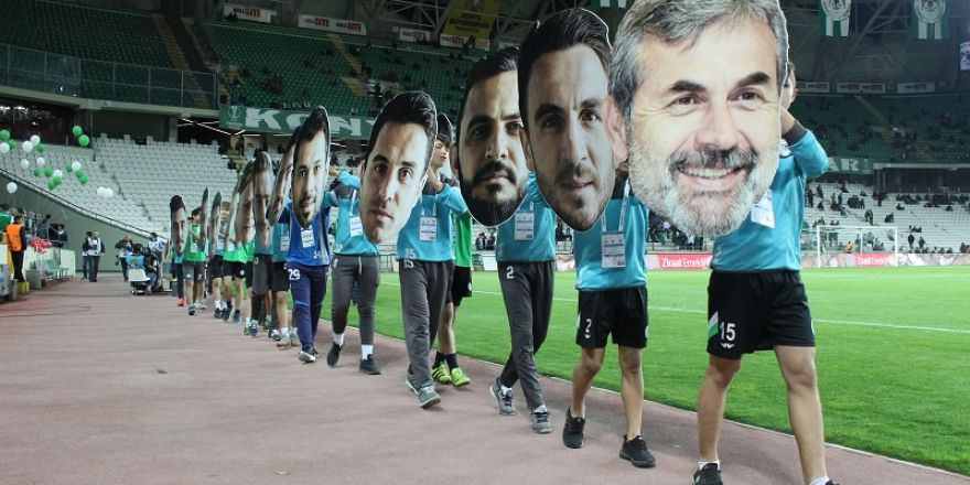 Konyaspor'a maç öncesi sürprizi