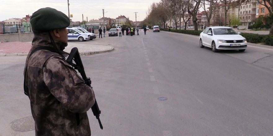 Konya'da özel harekat destekli trafik uygulaması