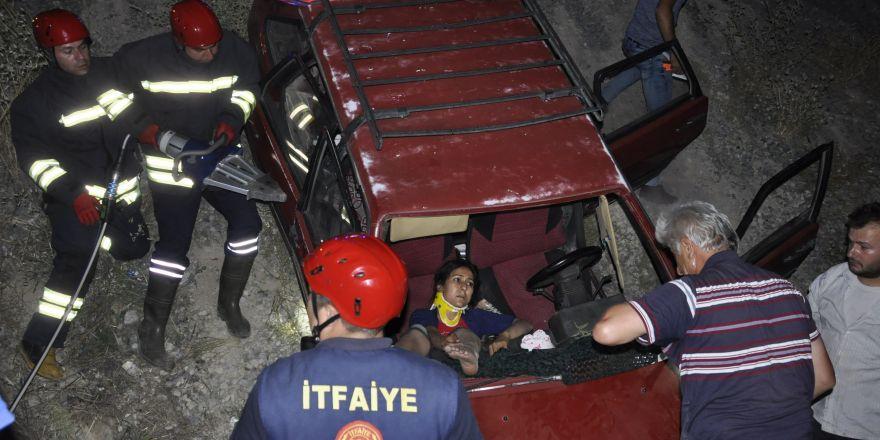Konya'da otomobil şarampole devrildi: 4 yaralı