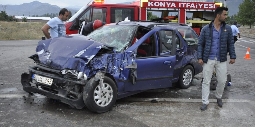 Böbrek nakli oldu, memleketine giderken kazada yaralandı