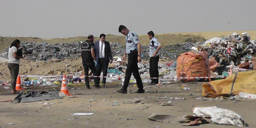 Çöp toplarken kamyonetiyle 2 yaşındaki kızını ezdi