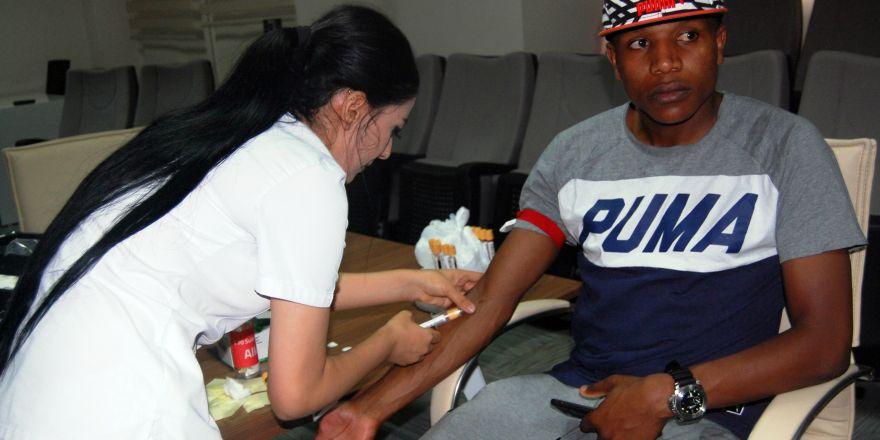 Konyasporlu futbolcular sağlık kontrolünden geçti