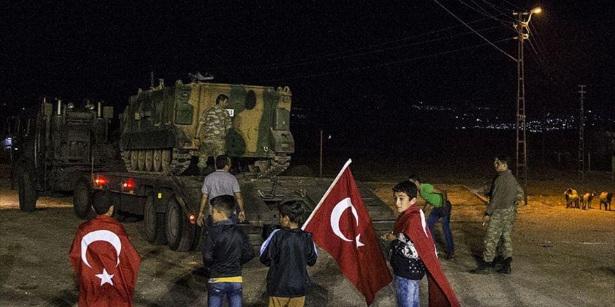Askeri araçlar sınıra sevk edildi
