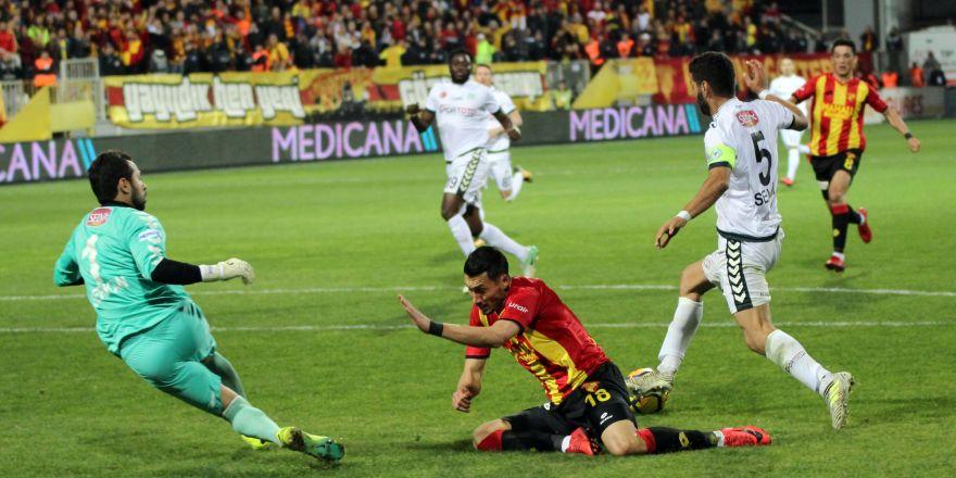"""Mehmet Özdilek: """"Gol haricinde her şeyi yaptık"""""""
