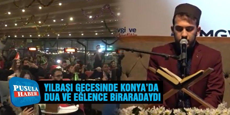 Konya'da yeni yıl, dua ve eğlenceyle kutlandı