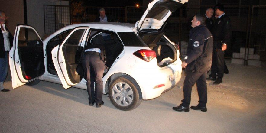 Otomobilden havaya ateş eden şahıslar kovalamaca sonucu yakalandı