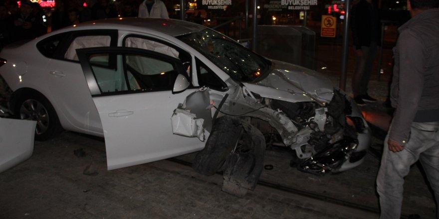 Konya'da kontrolden çıkan otomobil bisikletliye çarptı