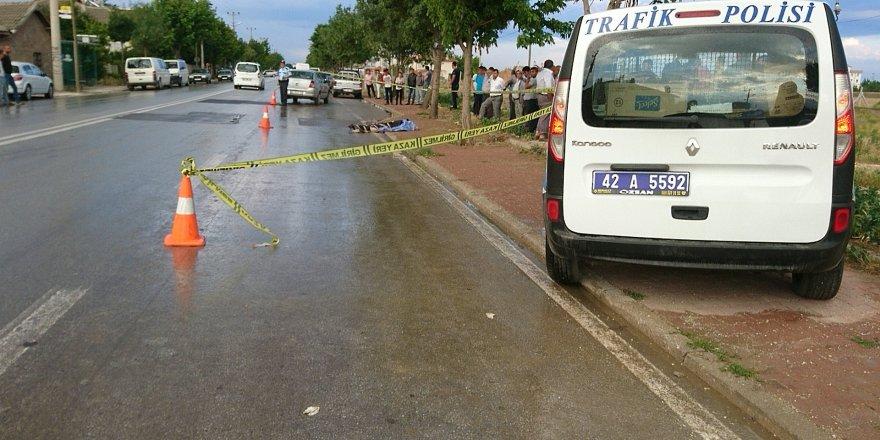 Yolun karşısına geçen yaşlı adam otomobilin çarpması sonucu öldü
