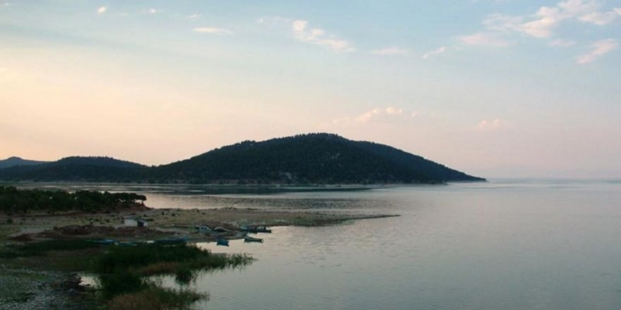 Güneşin en güzel yüzü Beyşehir Gölü Milli Parkı ziyaretçilerini bekliyor