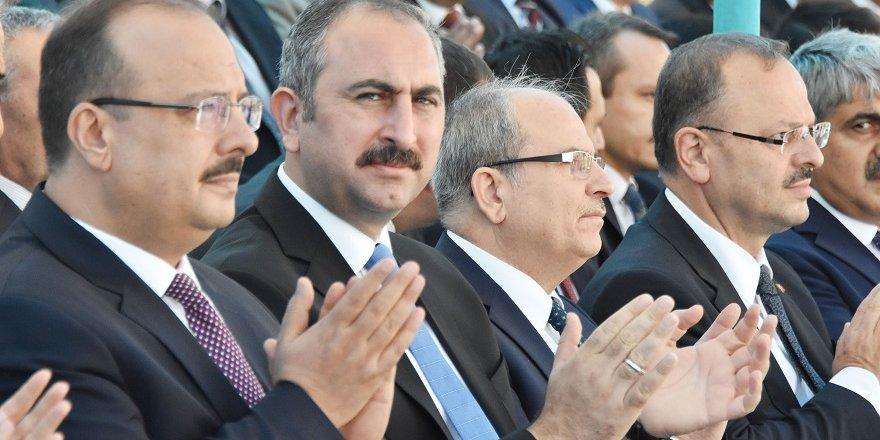 Bakan Gül: Başarılı operasyon oldu, yargı hak ettiği cezayı verecektir