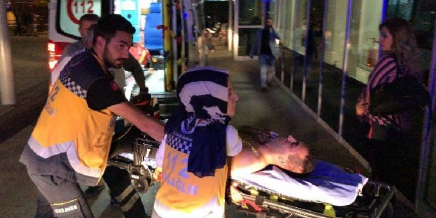 Dayısı tarafından bıçaklanan genç ağır yaralandı