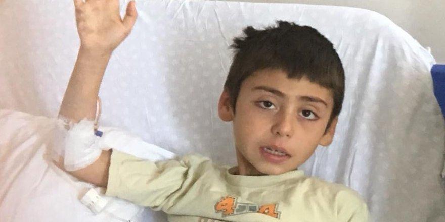 Osman, iyileşip okuluna gitmek istiyor