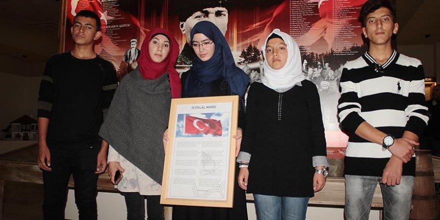 Suriyeli Türkmen gençlerden İstiklal Marşı klibi