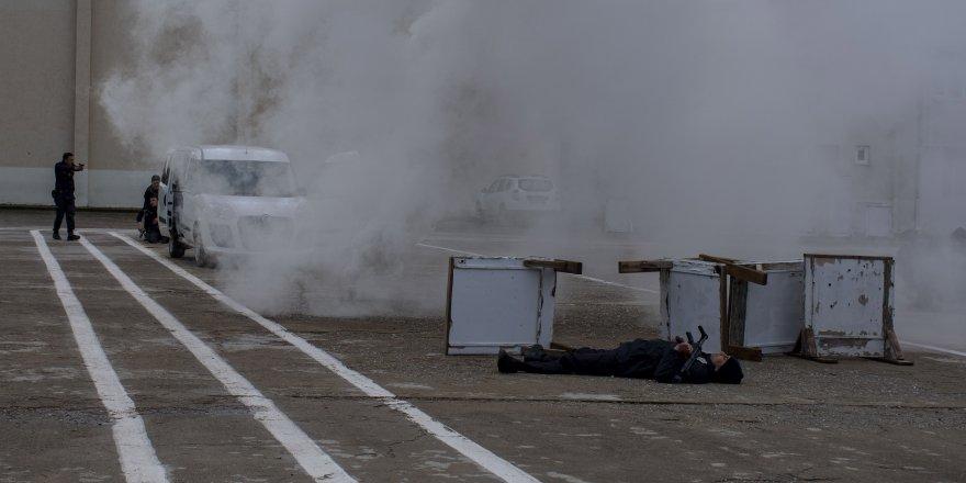 Polis adaylarının zorlu eğitimi