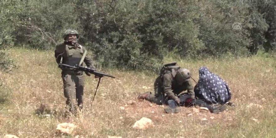 İsrail askerleri, yaralanan Filistinlinin hastaneye kaldırılmasını engelledi