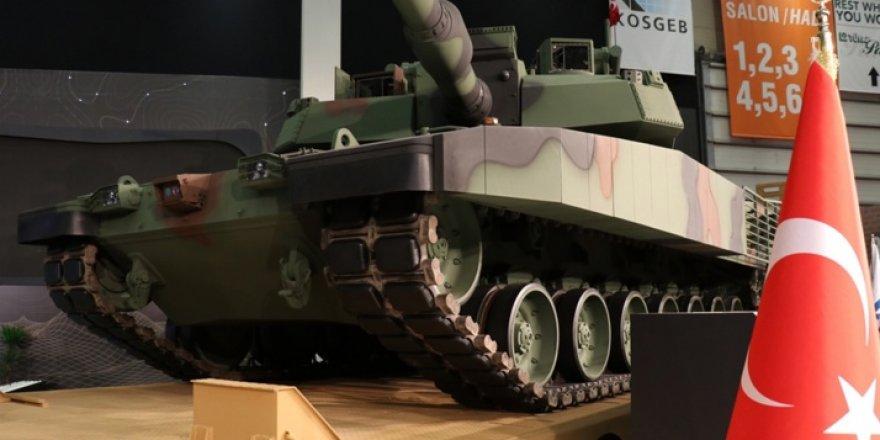 Türkiye'nin milli ana muharebe tankı Altay fuarda boy gösterdi