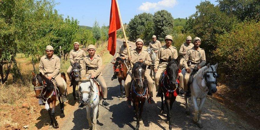 Atlı süvariler 97 yıl sonra dörtnala 'zafere' koşuyor