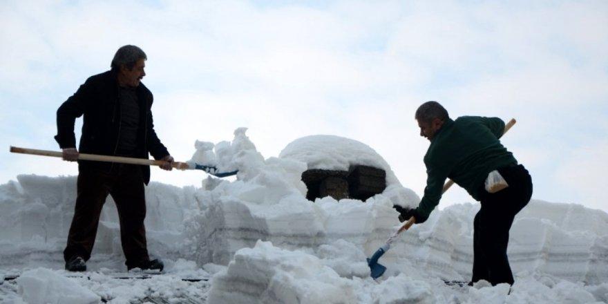 Kar Kütleleri Dar Gelirli Vatandaşların Ekmek Kapısı Oldu