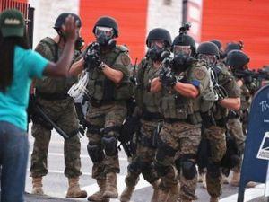 Ferguson'da protestoculara operasyon