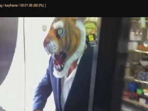 Kaplan maskesi şakası